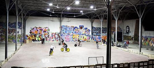 Bike Polo, in bici sul cemento