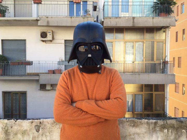Non ho visto né Star Wars né Guerre Stellari (ma c'ho la maschera di Darth Vader realizzata a mano)